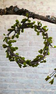 Mistletoe wreath by