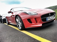 Jaguar F-Type V8 S /