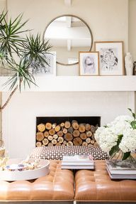 Styled mantle with r