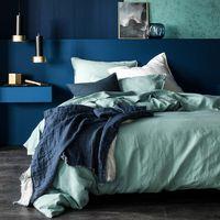 Linge de lit Rêve de lin vert d'eau et plaid Jeté de lin bleu nuit