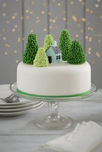 How to Make a Snowy Forest Cake - Hobbycraft Blog