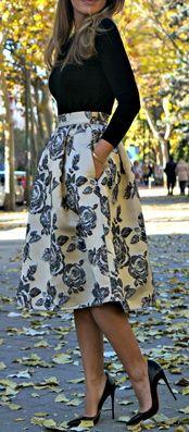 Royal baroque midi skirt