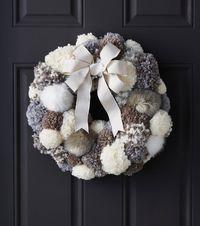 Makers Guide: Pom Pom Wreath - JoAnn | Jo-Ann