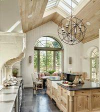 une jolie cuisine en bois clair et ilot central ikea, cuisine avec carrelage gris