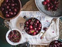 Fotos de composiciones con alimentos