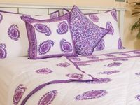 Country Quilts and Bedspreads - Floral Bedding - French Country Style