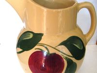 Watt Pottery--I love it