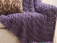 Free crochet, loom knitting and knitting patterns, tutorials and inspiration.  Anything yarny goes here!