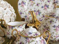 I love teapots, teakettles,teacups ........