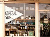 Retail Design & Visual Merch