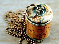 Jewelry - Wine corks