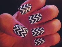 So im loving the Aztec Nail designs right now. There so pretty!