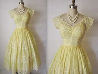 Beautiful dresses/gowns (& other fashionable things...)