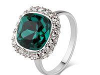 Wow exquisite :) Jewelry