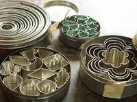 Bakery: Cookie Cutters, Springerle Molds & Cut-Out Cookies