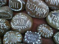 Creative ways to craft stones, pebbles & rocks.