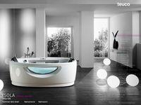 Bathtubs & Bathrooms