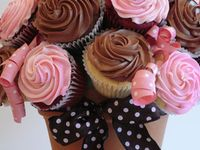 Cakes and Decorating Ideas
