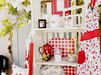 I love red! Mix it with white and it has the makings of my favorite cottage colors!
