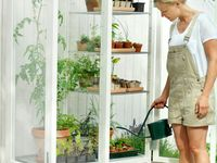 Life OUTDOORS (furniture/garden/landscaping, etc.)