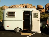 Small vintage trailers and restoration ideas