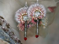 Earrings that are beaded