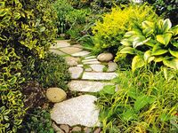 Garden Paths & Hardscapes