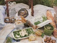 Dreaming of fall picnics with my darling....