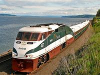 No passenger railways in U.S.? Next to many examples of excellent commuting railways in an increasing number of cities, there is still the best way of exploring the U.S. landscape: travelling the long distance connections of Amtrak.
