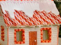 Gingerbread House Decorating Party Ideas