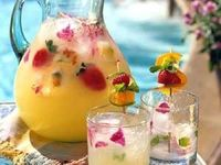 Healthy Refreshing drinks and smoothies