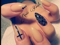 Stiletto & Almond Nails