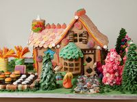 Gingerbread House Ideas - visit www.ultimategingerbread.com for patterns, photo's, recipes and contests.