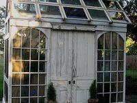 Garden decor & habitats