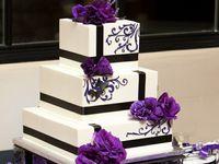 Astonishing Purple Wedding Cakes