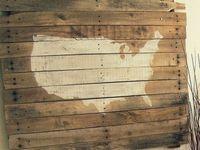 Rustic Wood & Pallets
