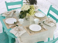 Great ways to dress those tables