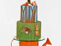 2 Peter rabbit cakes