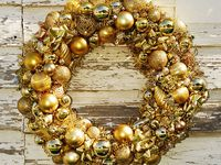 Christmas decorating - Wreaths, swags and garland