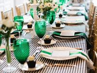Bright, colorful and creative ways of decorating when expecting guests.