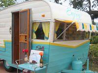Vintage.Camper.LOVE