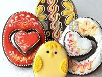 Those little lambs and bunnies and of course Easter eggs, elaborate or simple they make a lovely gift or table decor.