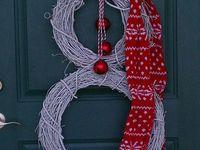 Pretty doors#wreaths# colors#seasons