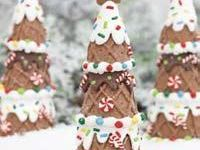 I love both real and faux gingerbread houses.  I hope you enjoy my pins!