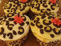 Cupcakes & cakes & yummy goodies