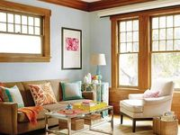 Oak trim can look awesome if it's paired with the right paint and accessories...