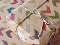 Gift wrapping ideas for parties, holidays and events