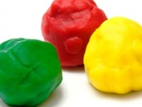 Who knew there were so many ways to make play dough, and so many things to do WITH it?