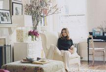 Interiors I Love / by Roxanna Urdaneta