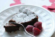 Gluten Free Desserts / by Kristina Brakebush
